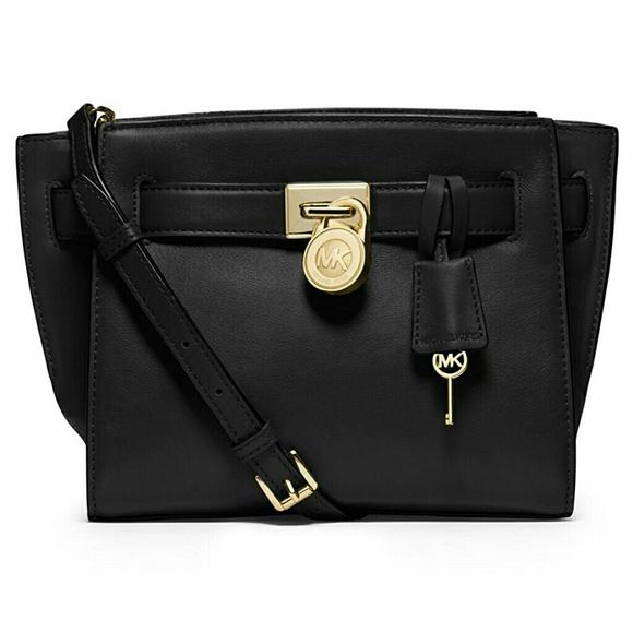 e8c94b5d0860 Michael Kors MK Hamilton Traveler Handbag. M 5abd18a11dffdaefd41b2293